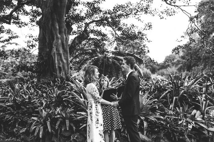LaraHotzPhotography_Wedding_Sydney_Photographer_7498-690x460.jpg