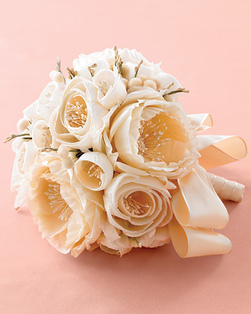 Beautiful wedding flower bouquets with shoes to match wedpics blog image source nordstrom advantagebridal redheadedfrog neiman marcus martha stewart weddings mightylinksfo