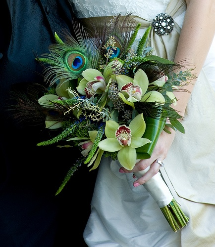 Beautiful Wedding Flower Bouquets With Shoes To Match — Wedpics Blog