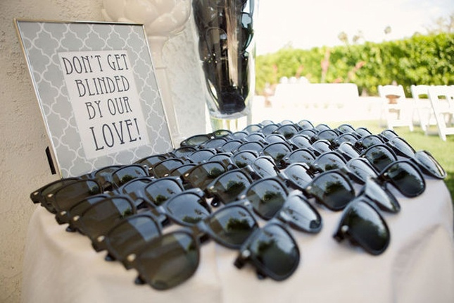 sunglasses-wedding-favors sunglasses for wedding guests how to keep your wedding guests happy wedding party blog