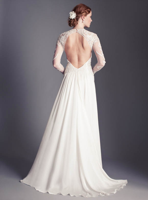 Baby Got Back Open Back Wedding Dresses That Make Our Jaws Drop Wedpics Blog,Beach Wedding Simple White Bridesmaid Dresses