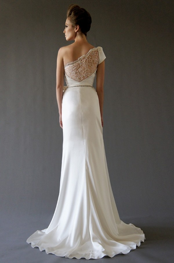 Daring and demure brides with one shoulder wedding dresses to die one shoulder wedding dress one shoulder wedding gown wedding dress wedding gown junglespirit Images