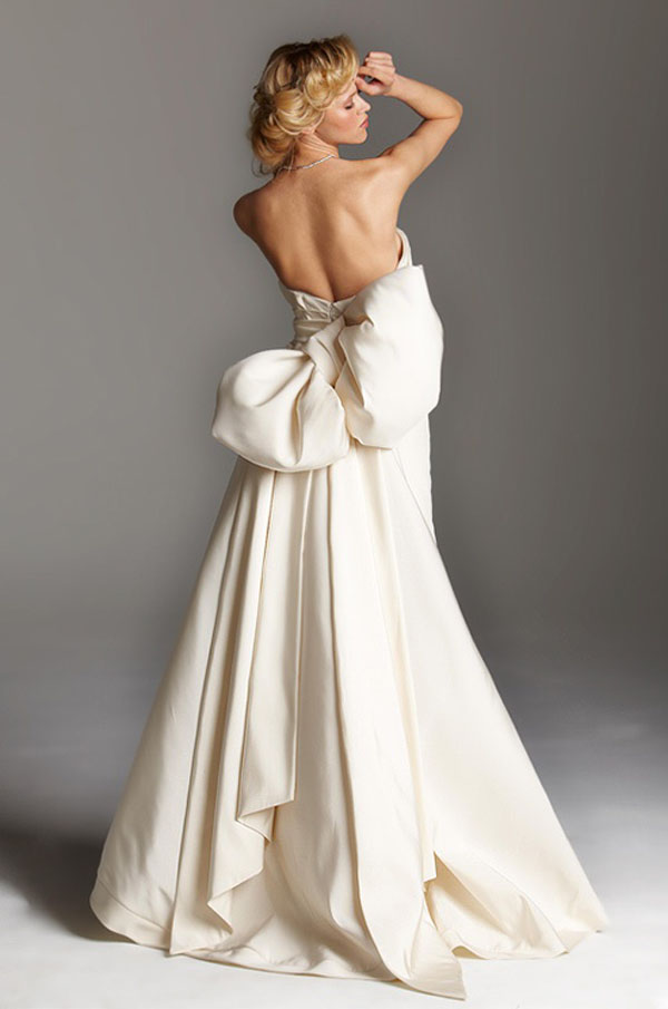 Wedding Dresses That Make A Statement With The Bow U2014 Wedpics Blog