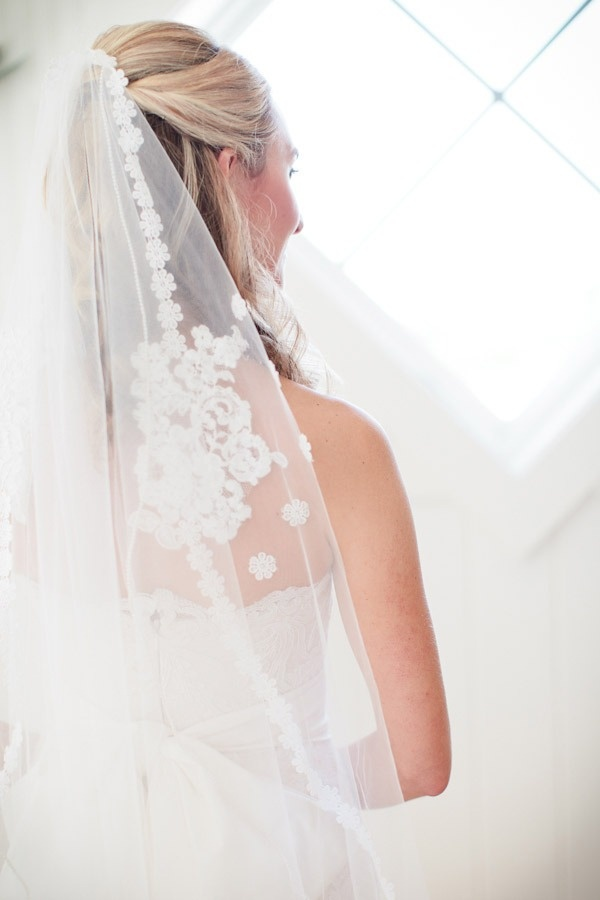 bridal, bridal veil, wedding veil, bridal accessories, accessorize the bride, bride, wedding, sheer veil, lace veil