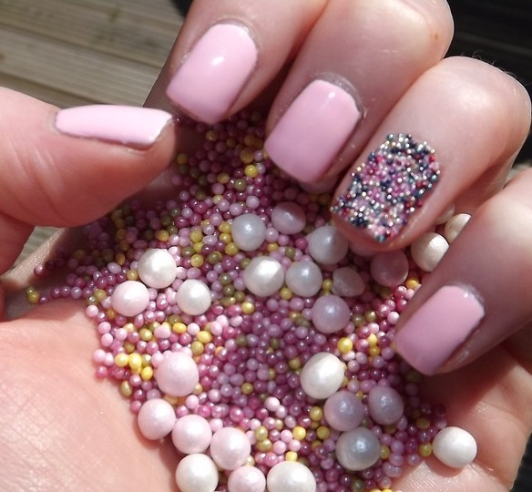 wedding nail, wedding manicure, bridal nails, bridal manicure mani, wedding nail art, wedding nail design, beauty, simple nails, caviar nails, sparkle nails, silver nails