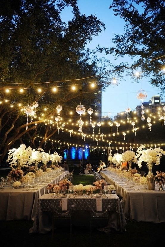 Wedding Ambiance: Cool Lighting Inspiration That Will Leave You ...