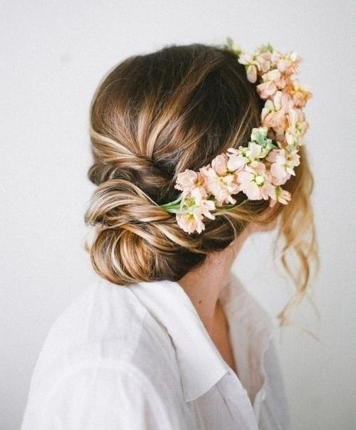 3 Stand Out Bridal Hair Accessory Styles For You To Fall In