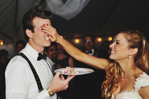 wedding, wedding photos, wedding photography, photography, wedding inspiration, bride, groom, couple, marriage, love, wedding cake