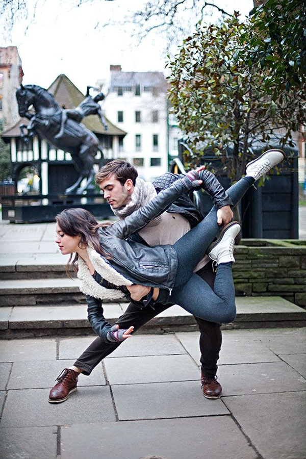 dance engagement photo, dancer engagement photo, unique engagement photo, professional dancer engagement photo, ballet engagement photo, engagement photo inspiration, engagement photo ideas