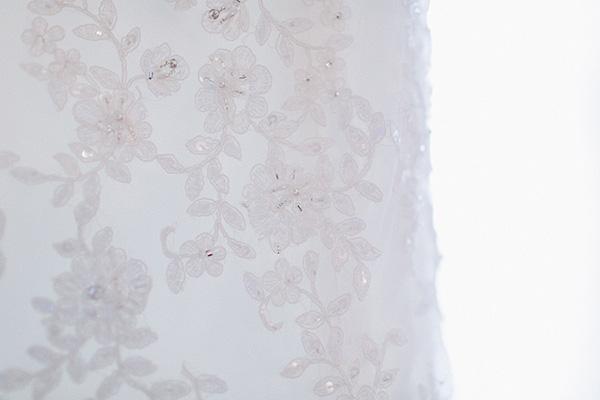wedding, wedding photography, wedding inspiration, wedding ideas, wedding dress, lace details, lace wedding dress, embellished wedding dress