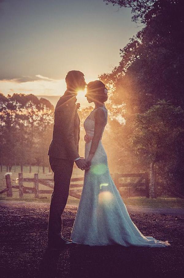 romantic wedding sunset photo
