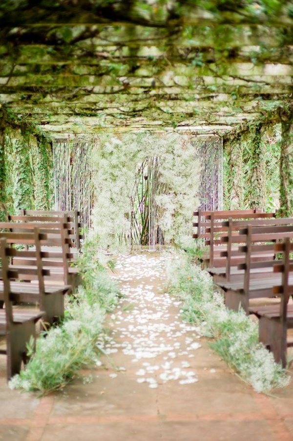 leaf wedding ceremony decor