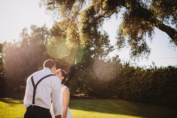 bride groom first look kiss