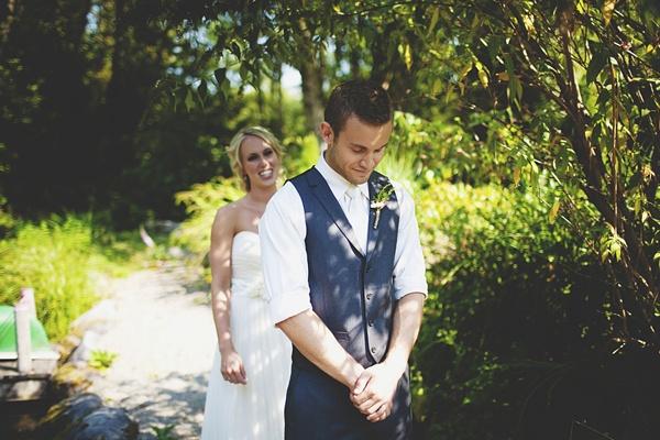 bride groom first look photo
