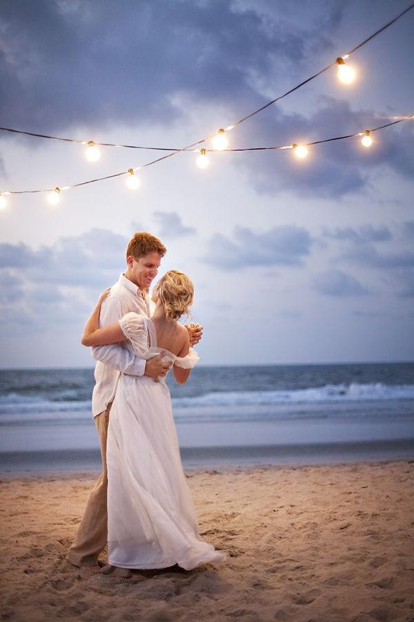 destination beach wedding first dance
