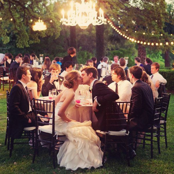 6 Simple Tips for Brides to Plan your DIY Backyard Wedding — Wedpics Blog - 6 Simple Tips For Brides To Plan Your DIY Backyard Wedding — Wedpics