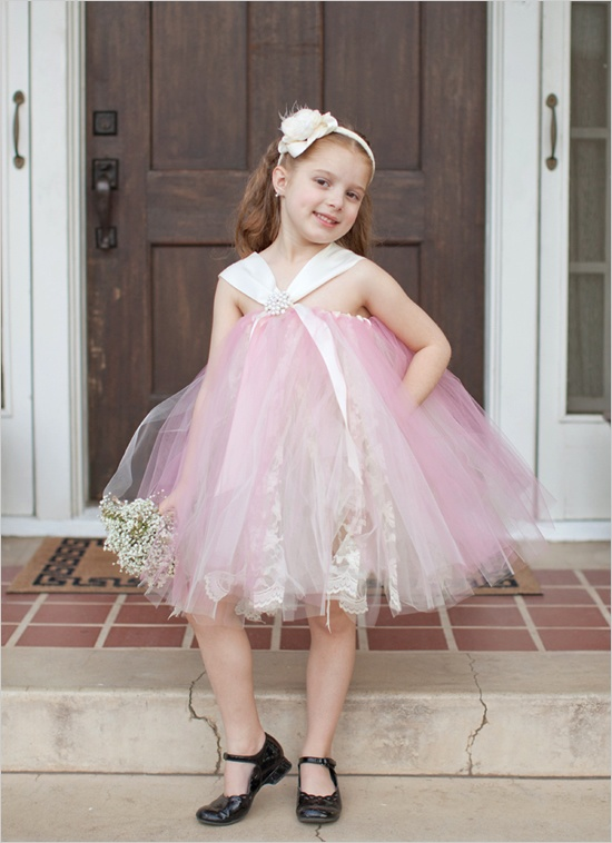 Flower girl trends tulle dresses wedpics blog pink tulle flower girl dress mightylinksfo