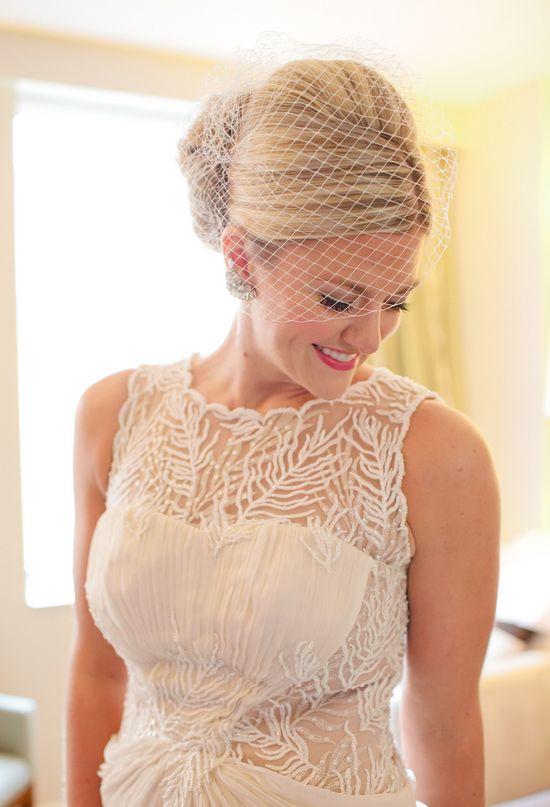 5 Beautiful Bridal Hair Accessories — Wedpics Blog