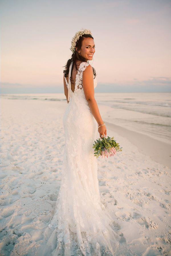 Beach Friendly Wedding Dresses Every Bride Will Love Wedpics Blog