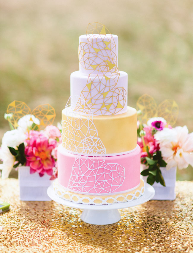From Drab to Fab: Adding Color to Your Wedding — Wedpics Blog