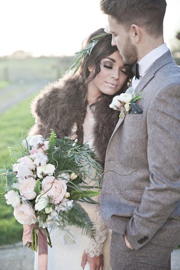 Photo by  Kerry Ann Duffy Photography  via  Bridal Musings