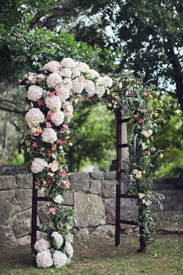 Stunning wedding arches how to diy or buy your own wedpics blog junglespirit Choice Image