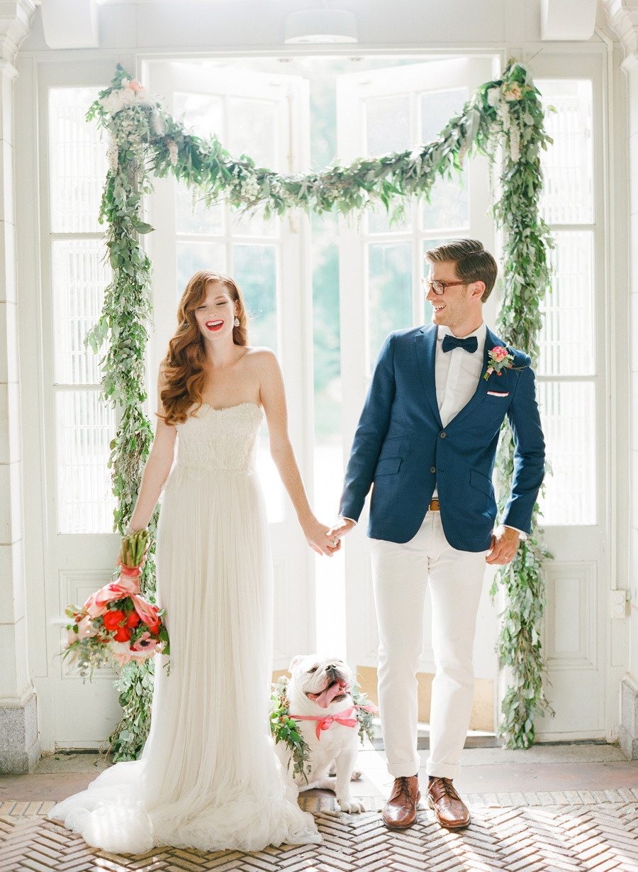 Stunning wedding arches how to diy or buy your own wedpics blog photo by kt merry photography via style me pretty junglespirit Gallery