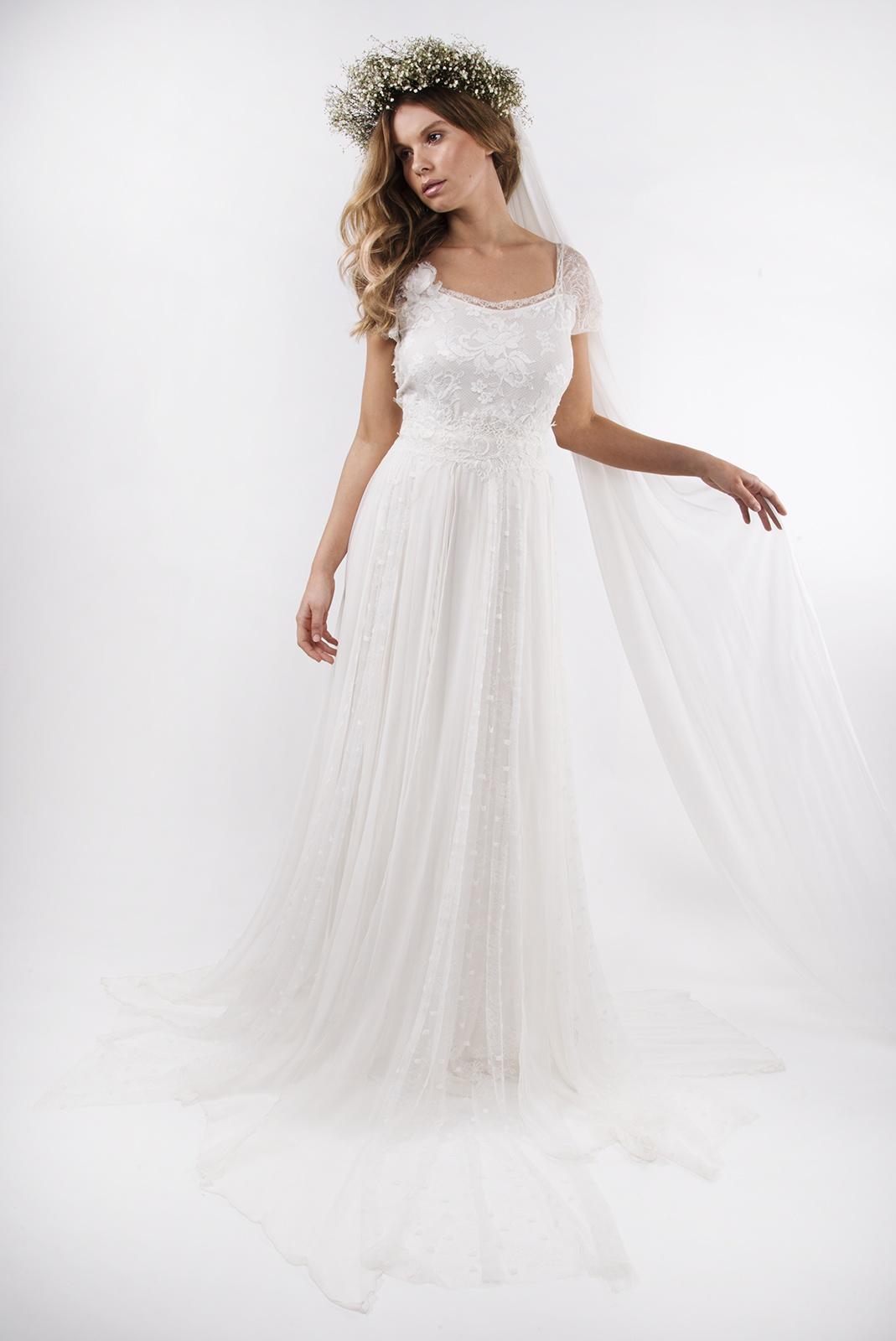Winter Wedding Dresses On A Budget Gorgeous Dresses Under 1500