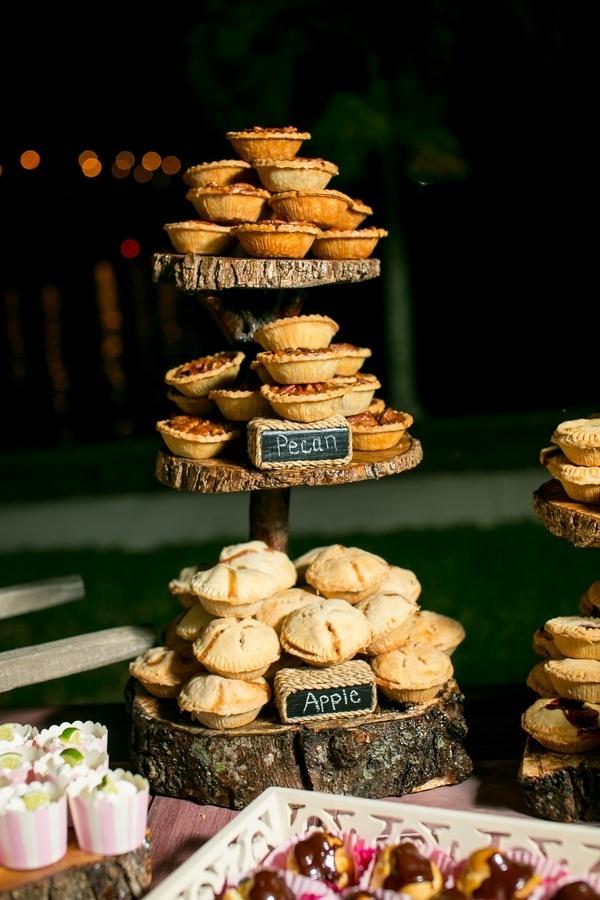 Photo by  Set Free Photography  via  Southern Weddings
