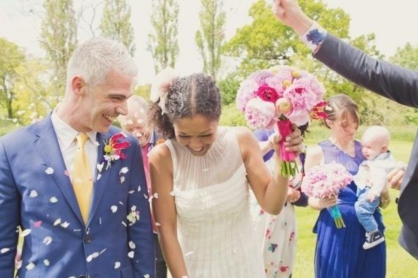Photo by  Cotton Candy Weddings via  Saja Wedding
