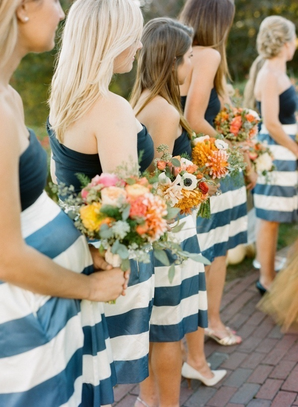 Photo by  Stacey Hedman Photography via  Style Me Pretty