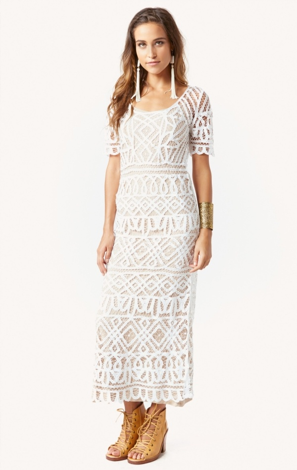 This full length lace maxi dress is so stunning and under $500