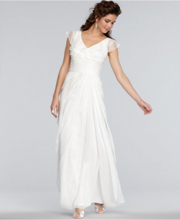 6664ff91c8820 50 Incredible non-traditional wedding dresses under $500! — Wedpics Blog