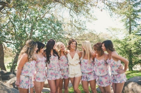 Photo by  Eden Day Photography  via  Wedding Chicks