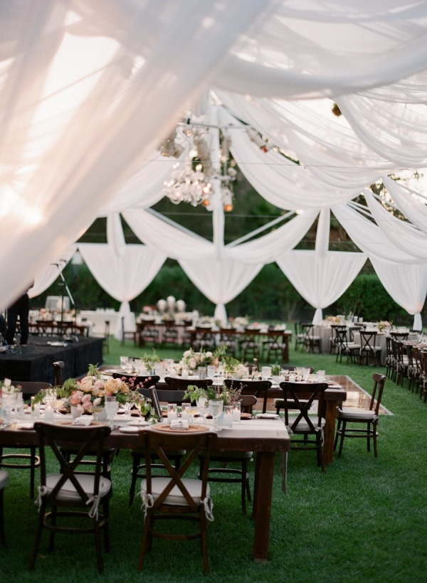 Bow awards the most stunning styled wedding decor ideas of 2014 bow awards the most stunning styled wedding decor ideas of 2014 wedpics blog junglespirit Image collections