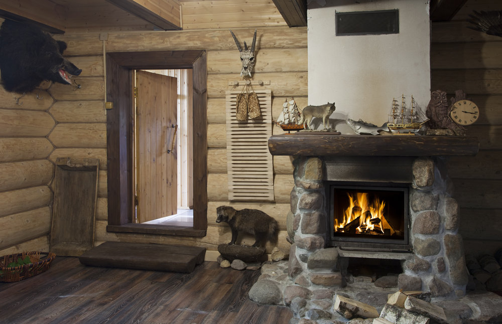 Cabin designed with touches of Taxidermy