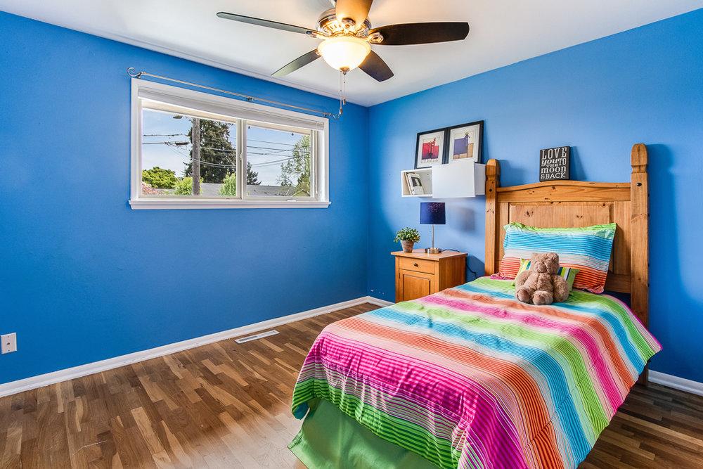 bed3-7182-MLS.jpg