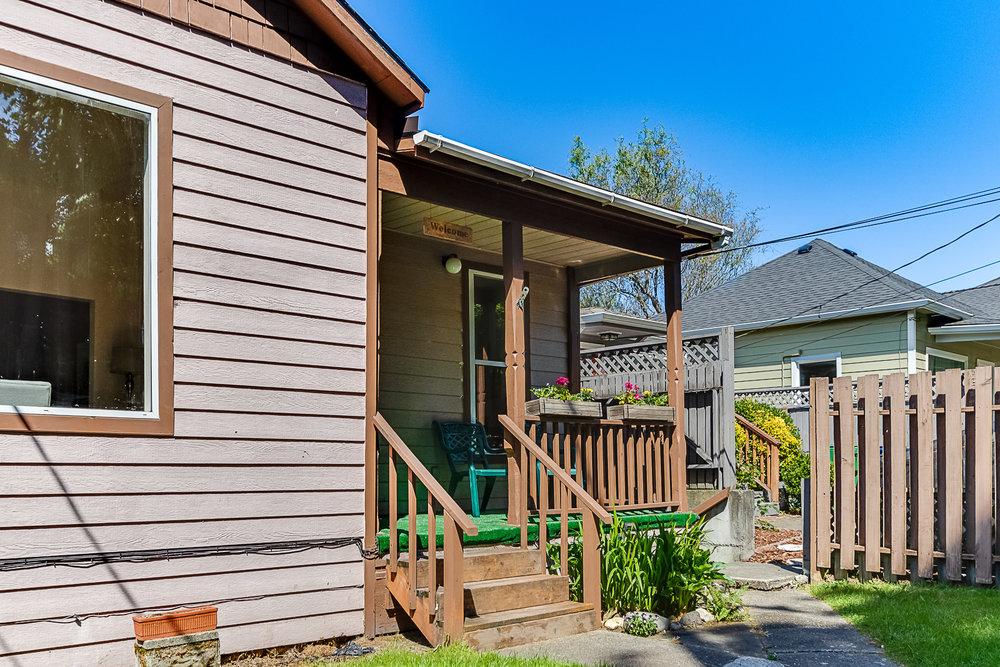 Leschi Ridge Duplex - Sold