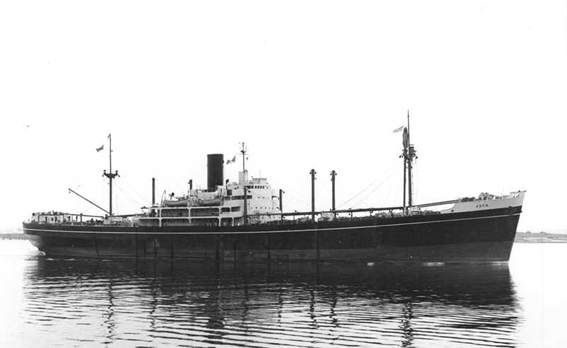 SS Aden - one of the newer dedicated cargo ships which saw P&O through the 50s and 60s. Photo from:  http://www.pandosnco.co.uk/ssaden.html