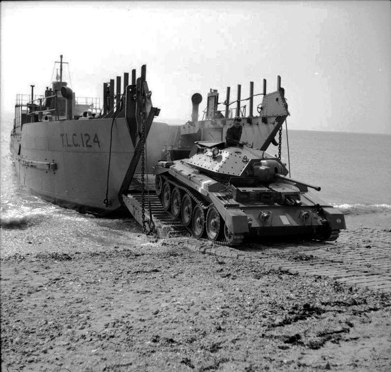 IWM-H-19057-Crusader-landing-19420426.jpg