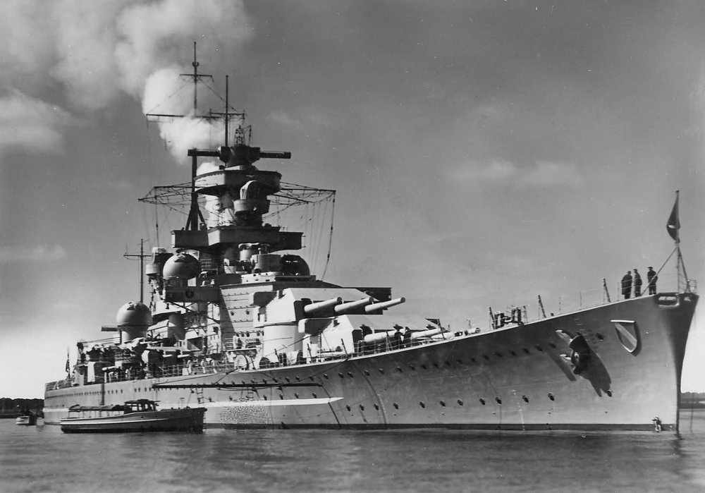 Huascaran rendered assistance as a repair-ship to sister warships Scharnhorst (pictured) and Gneisenau during the Second World War. Image from: https://www.worldwarphotos.info/gallery/germany/kriegsmarine/scharnhorst/
