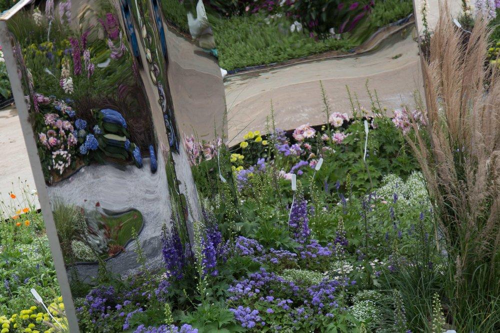 香港国际花展 - 深圳市参展2018香港国际花展的策划和景观设计。