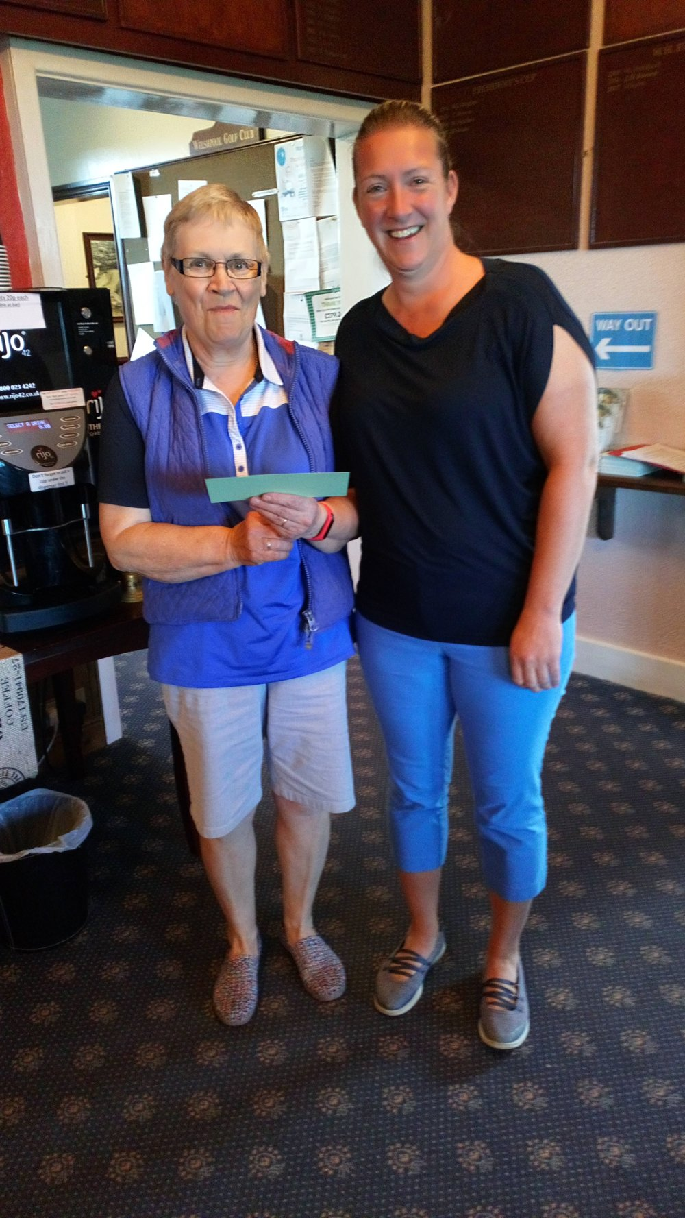 Ann Downes Evans of Welshpool (L), 2nd in the Bronze Division, with Ellen Jones of Welshpool.