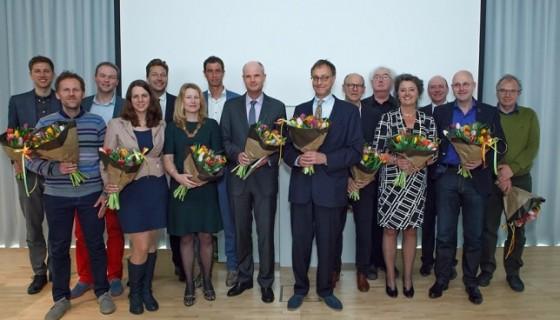 H-team-oud-en-nieuw-met-minister-Blok_foto-Joost-Enkelaar-644x429-560x320.jpg
