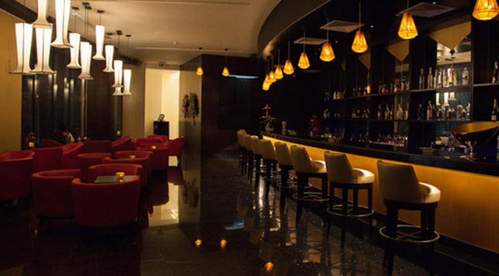 Remembering the 1930'S - Cocktail bar