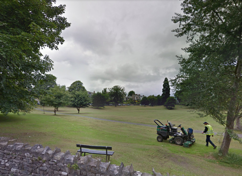 KendalKendal Green - Latitude: 54.334667Longitude: -2.753528Restrictions: none