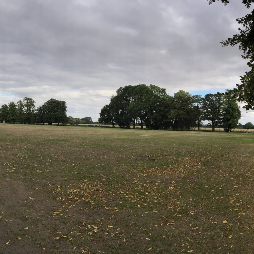 HuntingdonRiverside Park - Latitude: 52.331516Longitude: -0.172297Restrictions:
