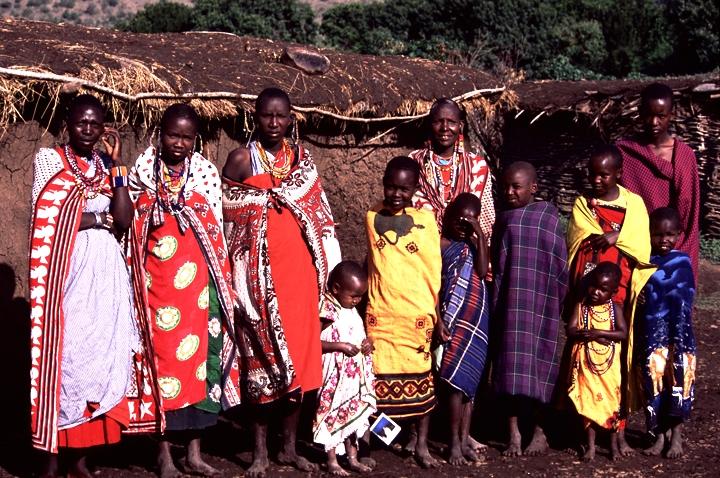 Maasai Children & Womans08.jpg