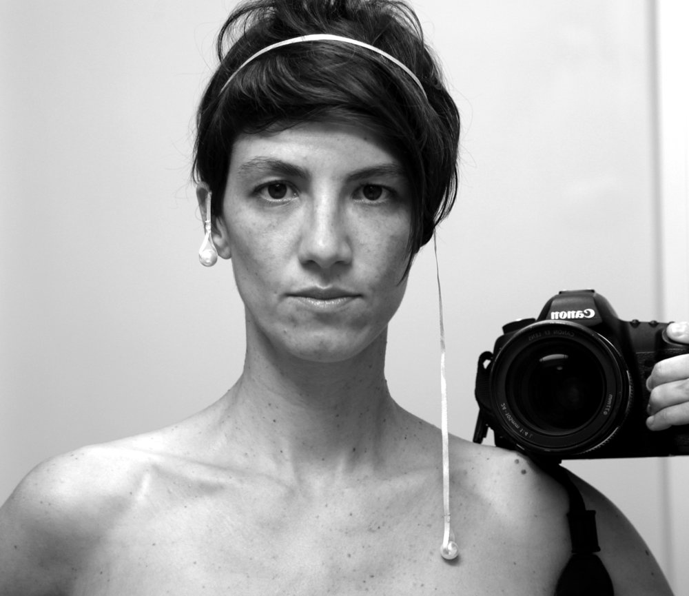 ANA DUPAS - Collaborator : research and performance