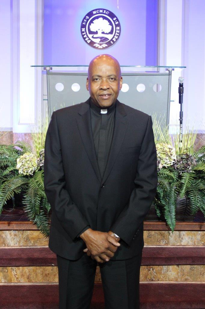 Pastor John Lauderdale, Pastor in Training, New Member Transition Team